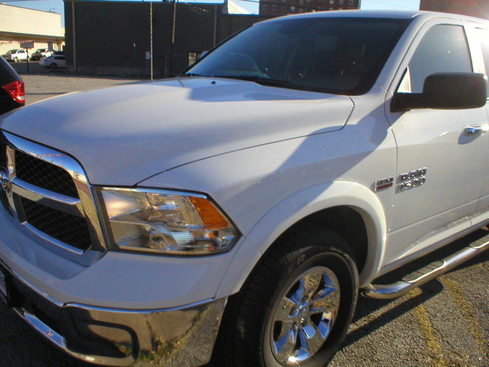 2016 Dodge Ram 1500 Slt Quad Cab 4 Door Pickup White