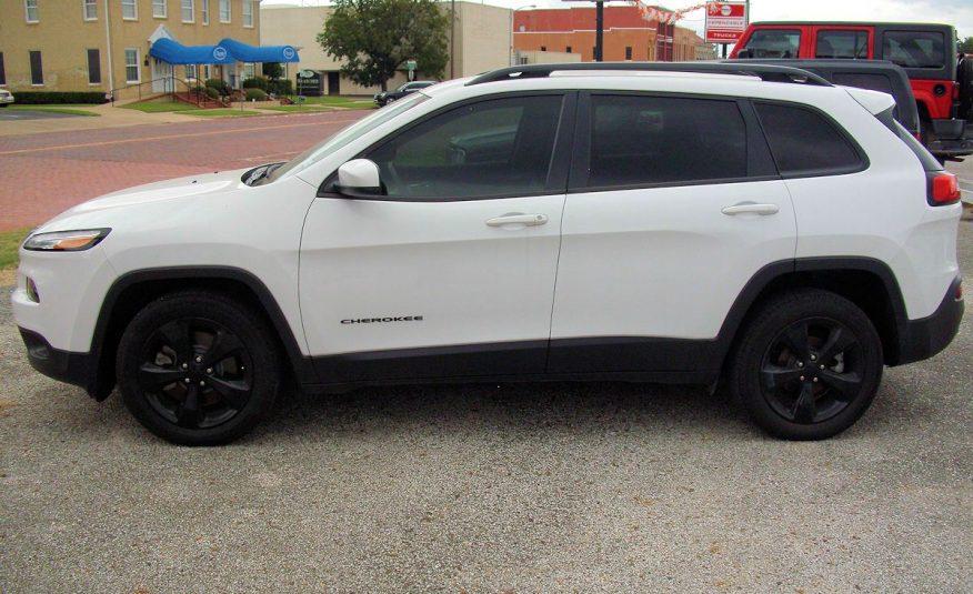 2018 Jeep Cherokee Latitude Black Top Edition SUV